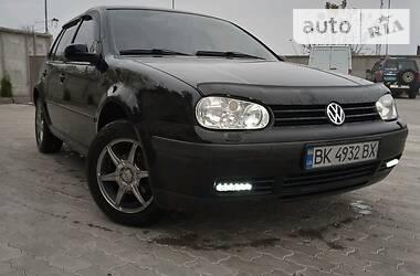 Volkswagen Golf IV 2000 в Сарнах