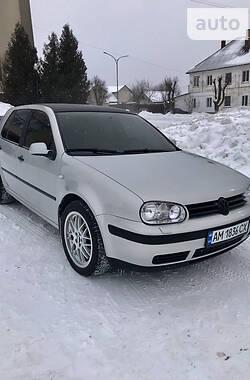 Хетчбек Volkswagen Golf IV 1998 в Житомирі