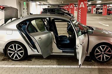 Седан Volkswagen Jetta 2011 в Києві