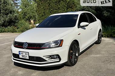Седан Volkswagen Jetta 2015 в Харькове