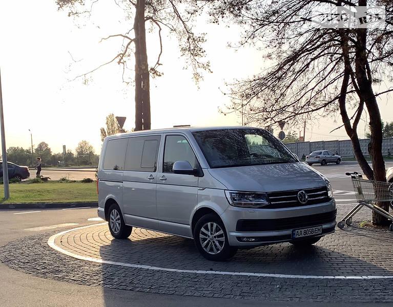 Мінівен Volkswagen Multivan 2016 в Києві