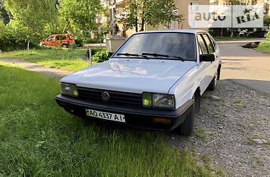 Ліфтбек Volkswagen Passat B2 1986 в Мукачевому