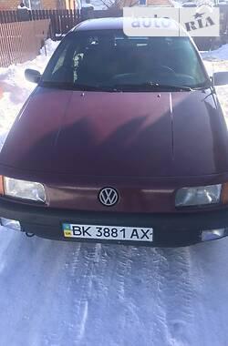 Volkswagen Passat B3 1990 в Заречном