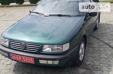 Volkswagen Passat B4 1996 в Дубно