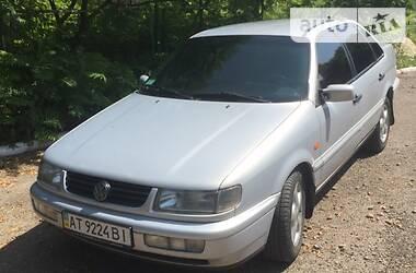 Седан Volkswagen Passat B4 1995 в Бурштыне