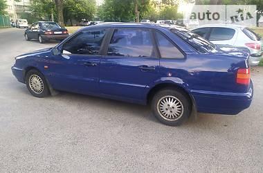 Седан Volkswagen Passat B4 1996 в Киеве
