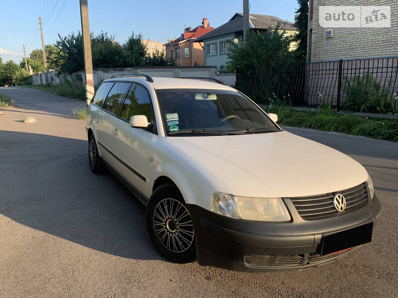 Универсал Volkswagen Passat B5 2000 в Киеве