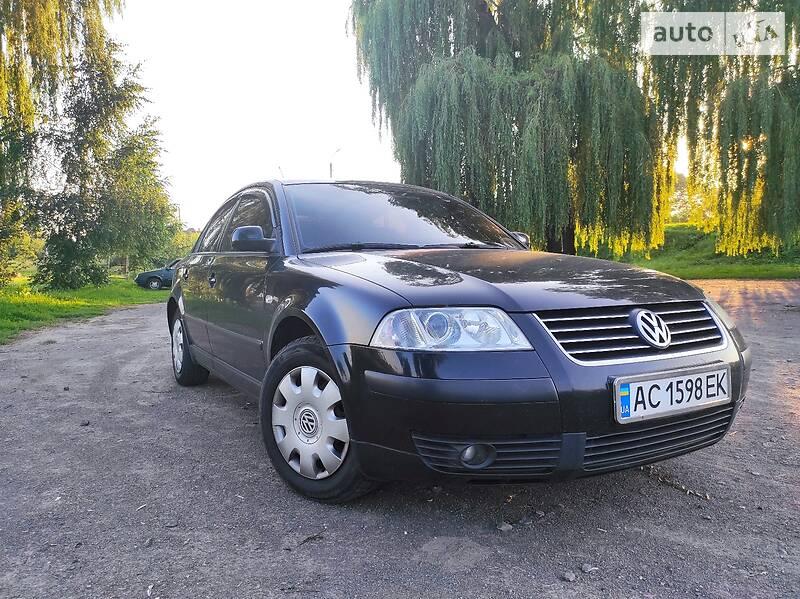 Седан Volkswagen Passat B5 2003 в Владимир-Волынском