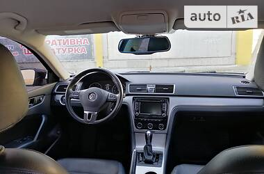 Volkswagen Passat B7 2012 в Новой Каховке