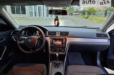 Седан Volkswagen Passat B7 2016 в Бердянске