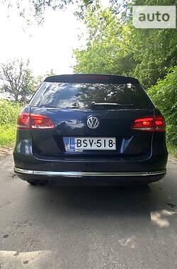 Универсал Volkswagen Passat B7 2011 в Умани