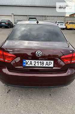 Седан Volkswagen Passat B7 2013 в Киеве