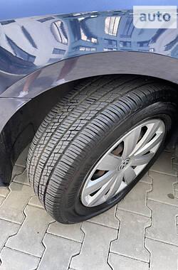 Седан Volkswagen Passat B7 2012 в Луцьку