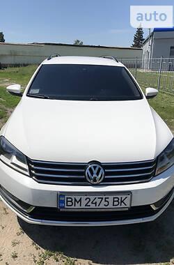 Универсал Volkswagen Passat B7 2013 в Ромнах