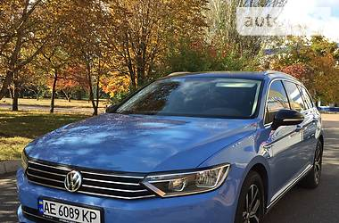 Volkswagen Passat B8 2015 в Кривом Роге