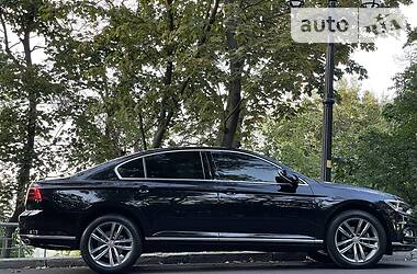 Седан Volkswagen Passat B8 2017 в Києві