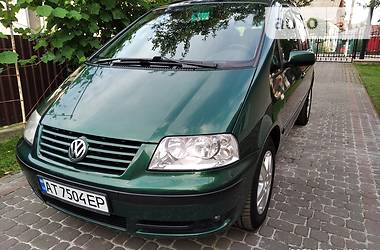 Мінівен Volkswagen Sharan 2000 в Івано-Франківську