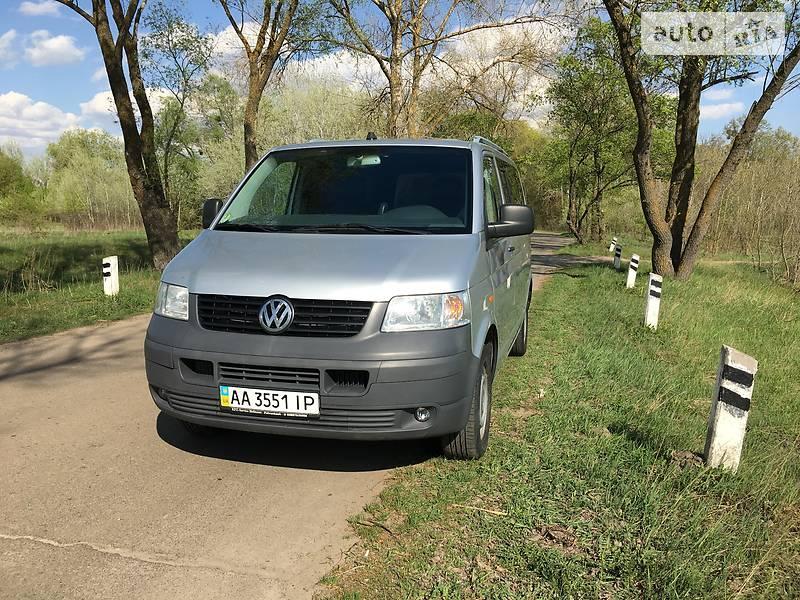 Volkswagen T5 (Transporter) пасс. 2006 в Киеве