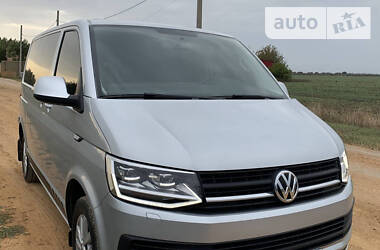 Volkswagen T6 (Transporter) пасс. 2016 в Одессе