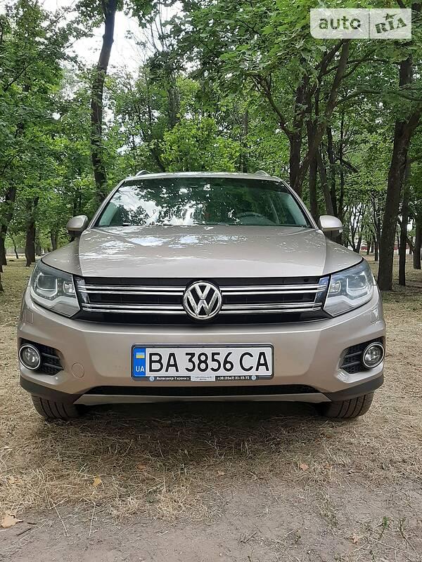 Внедорожник / Кроссовер Volkswagen Tiguan 2011 в Кропивницком