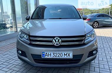 Внедорожник / Кроссовер Volkswagen Tiguan 2012 в Мариуполе