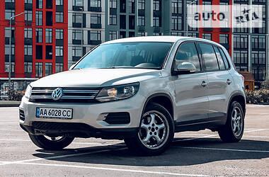 Внедорожник / Кроссовер Volkswagen Tiguan 2014 в Киеве