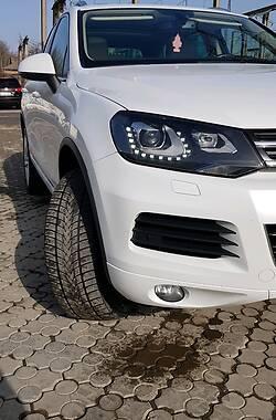 Внедорожник / Кроссовер Volkswagen Touareg 2013 в Черновцах