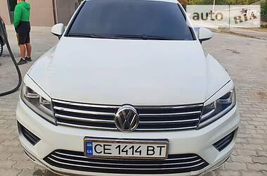 Внедорожник / Кроссовер Volkswagen Touareg 2012 в Сокирянах