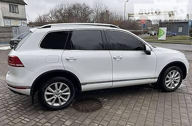 Позашляховик / Кросовер Volkswagen Touareg 2016 в Кам'янець-Подільському