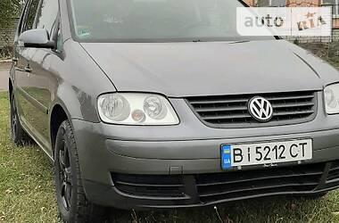 Volkswagen Touran 2004 в Чутове