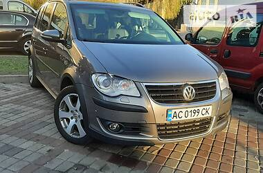 Volkswagen Touran 2010 в Луцке