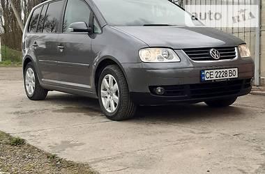 Volkswagen Touran 2006 в Новоселице