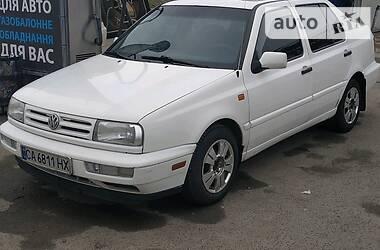 Седан Volkswagen Vento 1995 в Киеве