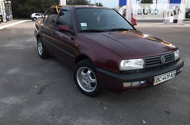 Седан Volkswagen Vento 1992 в Львове