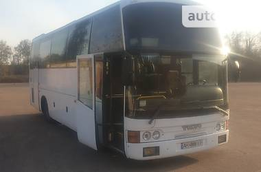 Туристический / Междугородний автобус Volvo B 1994 в Миргороде
