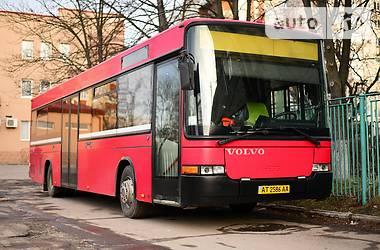Пригородный автобус Volvo B 1999 в Калуше