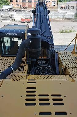 Гусеничний екскаватор Volvo EC 460BLC 2011 в Чернігові