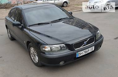 Седан Volvo S60 2004 в Киеве