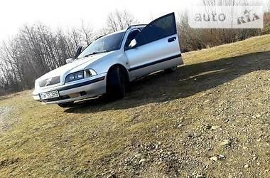 Volvo V40 1999 в Калуше