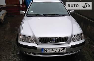 Volvo V40 2002 в Гайсине