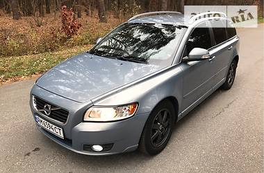Volvo V50 2012 в Житомире