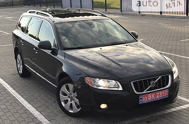 Универсал Volvo V70 2008 в Нововолынске