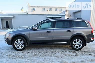 Volvo XC70 2.4D5 AWD AT 2011