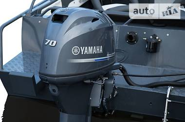 Yamaha F 2010 в Киеве