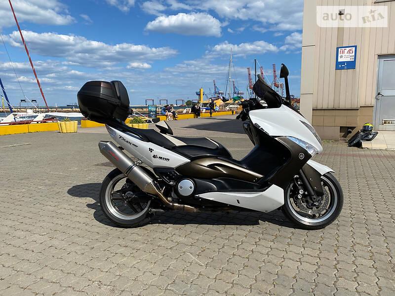 Yamaha T-Max 500 Anniversary WhiteMax