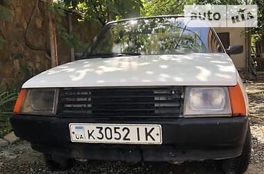 ЗАЗ 1102 Таврия 1994 в Виноградове
