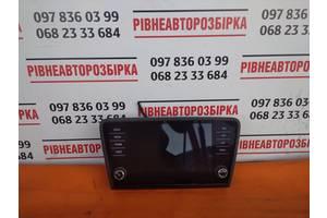 5E0919605M Б/У Монітори, екрани Skoda Oktavia A7
