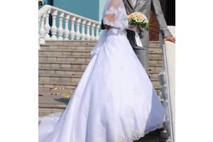 Свадебные платья недорого - купить платье на свадьбу бу в Новомосковске 5d2d7a63afb0a