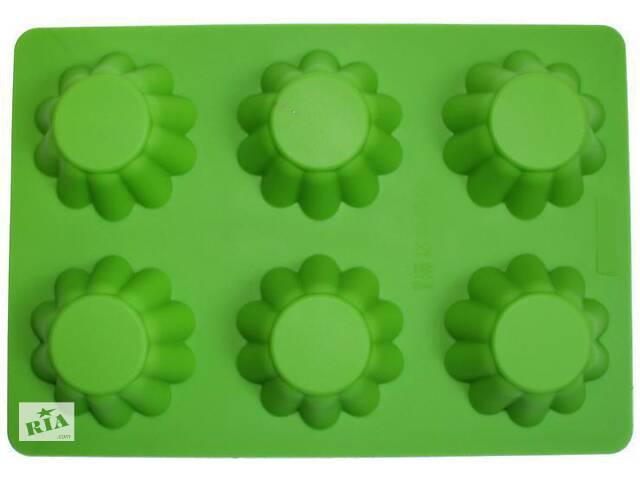 купить бу Форма силиконовая для выпекания Hauser Кекс Волнистый Конус Мини планшет 6шт (HH-337_psg) в Киеве