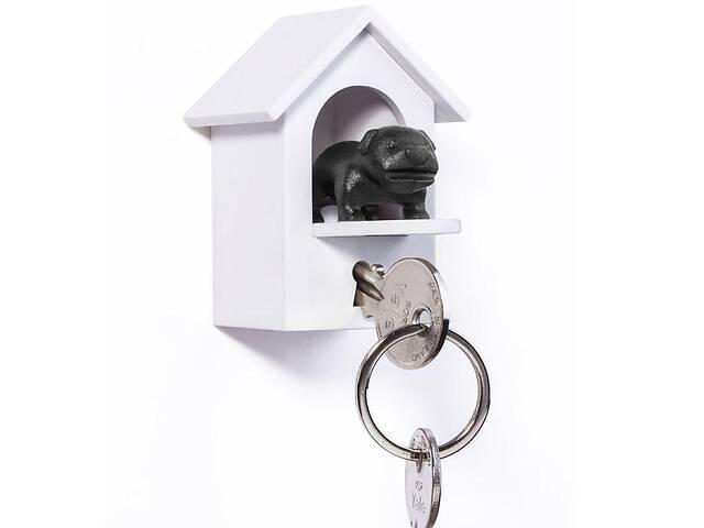 купить бу Ключница настенная с брелком для ключей 7x3,9x3,1 см. Таиланд 115103 в Киеве